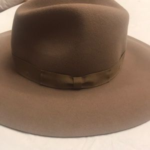 Anthropologie trimmed rancher hat new 🌟🌟